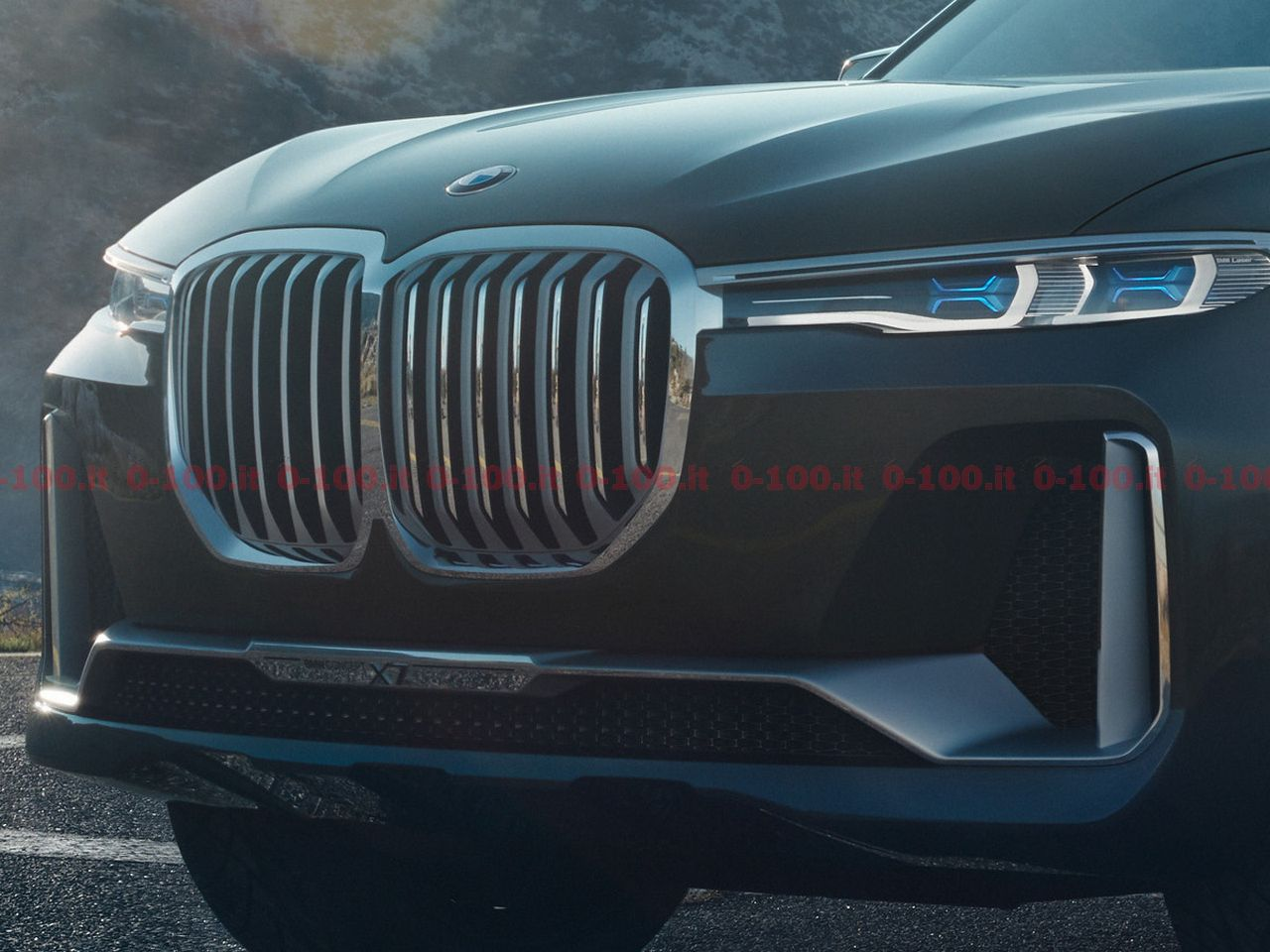 IAA2017_BMW-concept-x7-iperformance_9