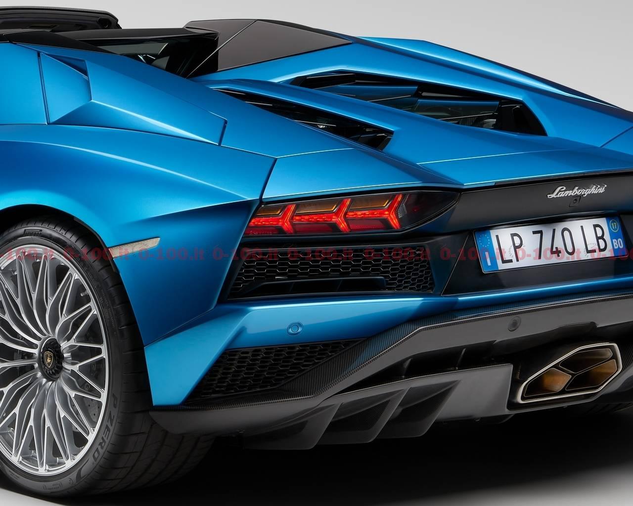 Lamborghini_Aventador_S_Roadster_0-100_15