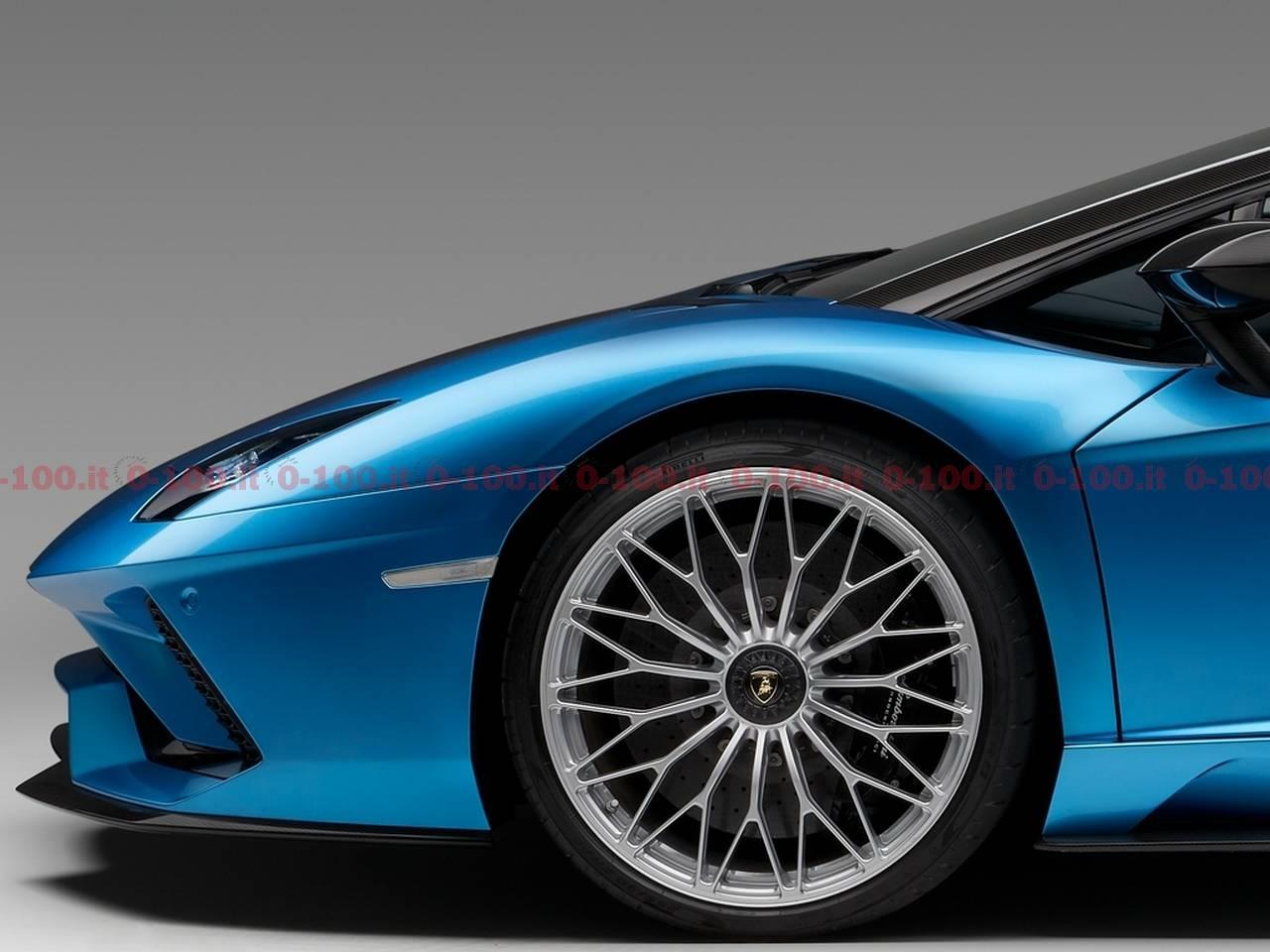 Lamborghini_Aventador_S_Roadster_0-100_21