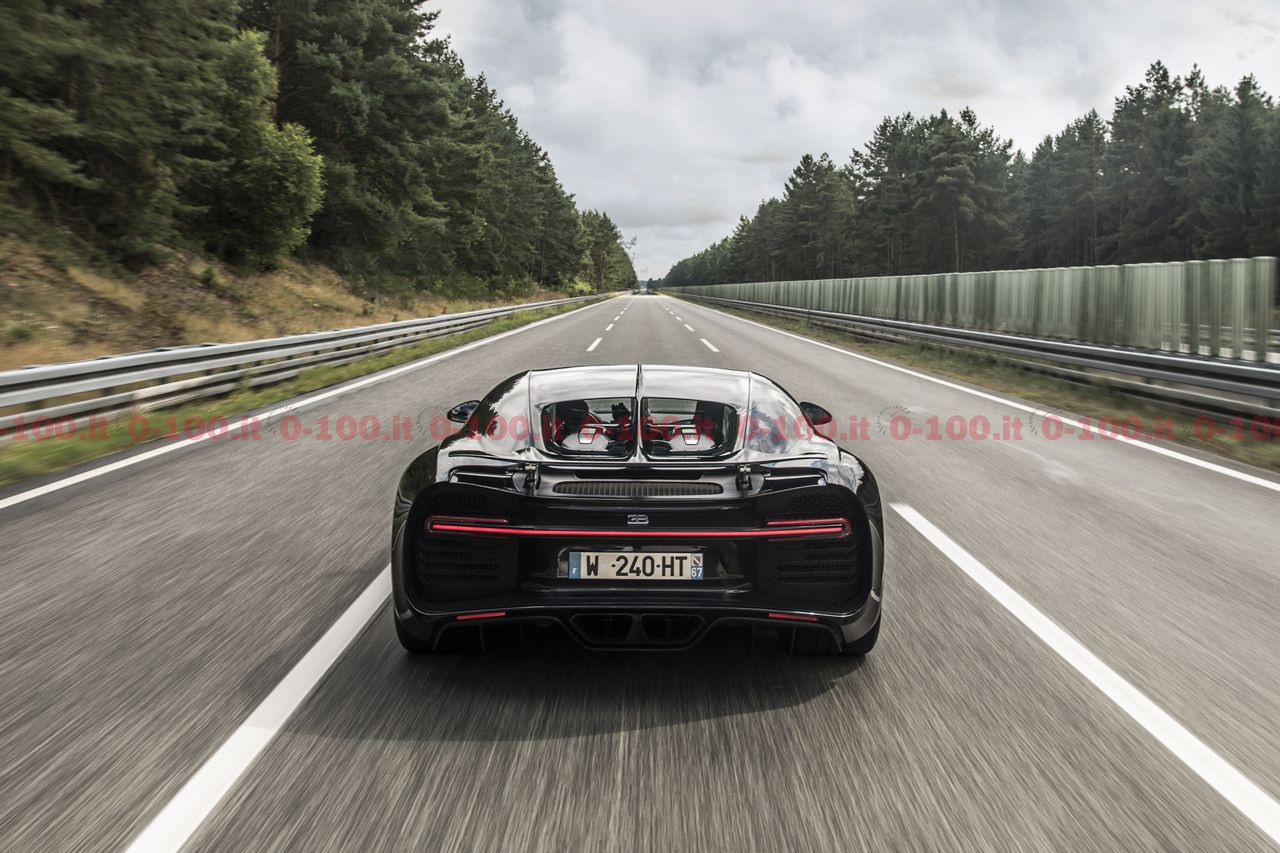 bugatti-chiron-record-0-400-0_0-100_18