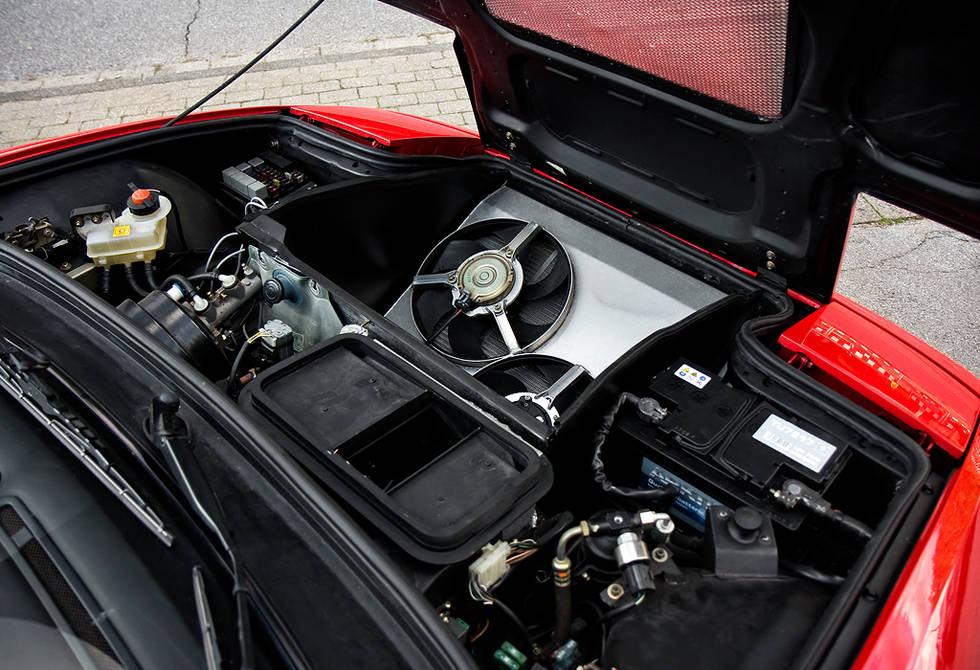 ferrari-348-F355-Enzo-V12-engine-mule_0-100_10