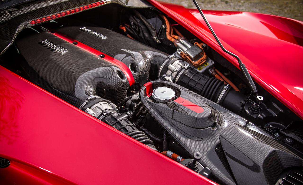 ferrari trasformata in auto cliente un prototipo di 458 con il v12 della laferrari 0. Black Bedroom Furniture Sets. Home Design Ideas