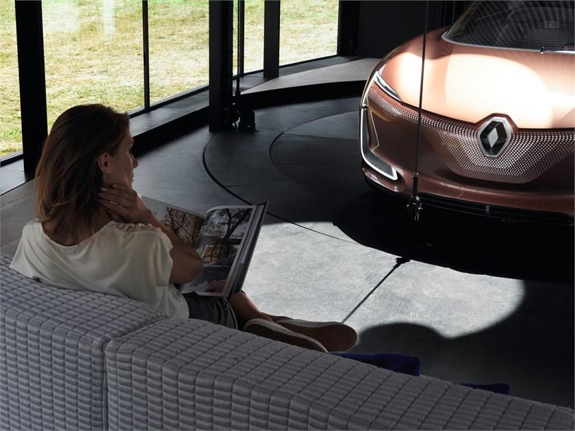 2017 - Renault SYMBIOZ