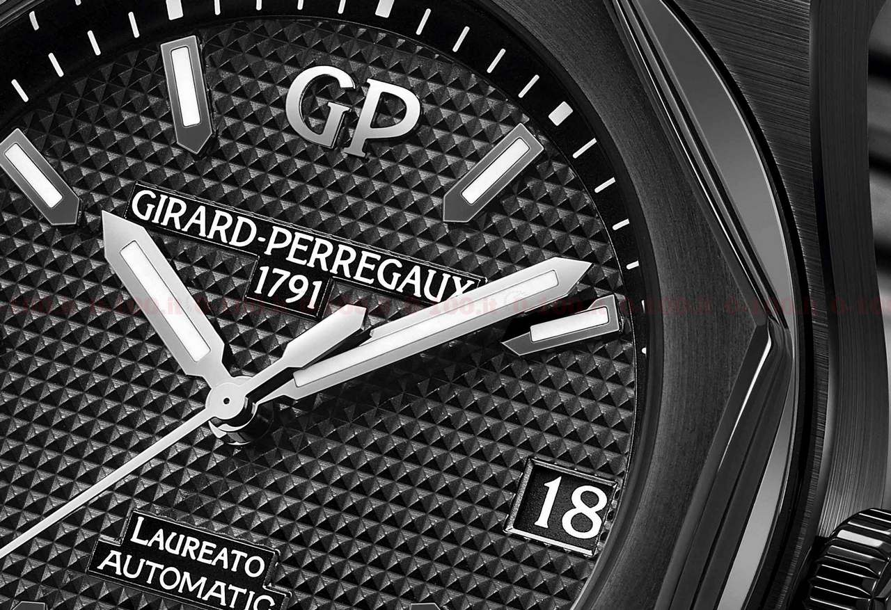 Girard-Perregaux Laureato 42 mm Ceramic Ref. 81010-32-631-32A_0-100_price_0-1008