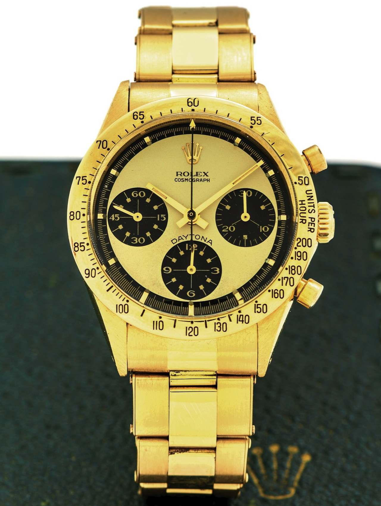 ROLEX 6239 DAYTONA PAUL NEWMAN 18K GOLD Rolex, Cosmograph, Daytona, case No. 1938065, Ref. 6239_source_antiquorum_0-100