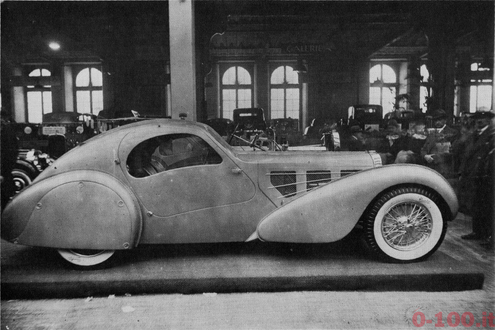 Bugatti_Type_57_Aerolithe_electron_1935_3