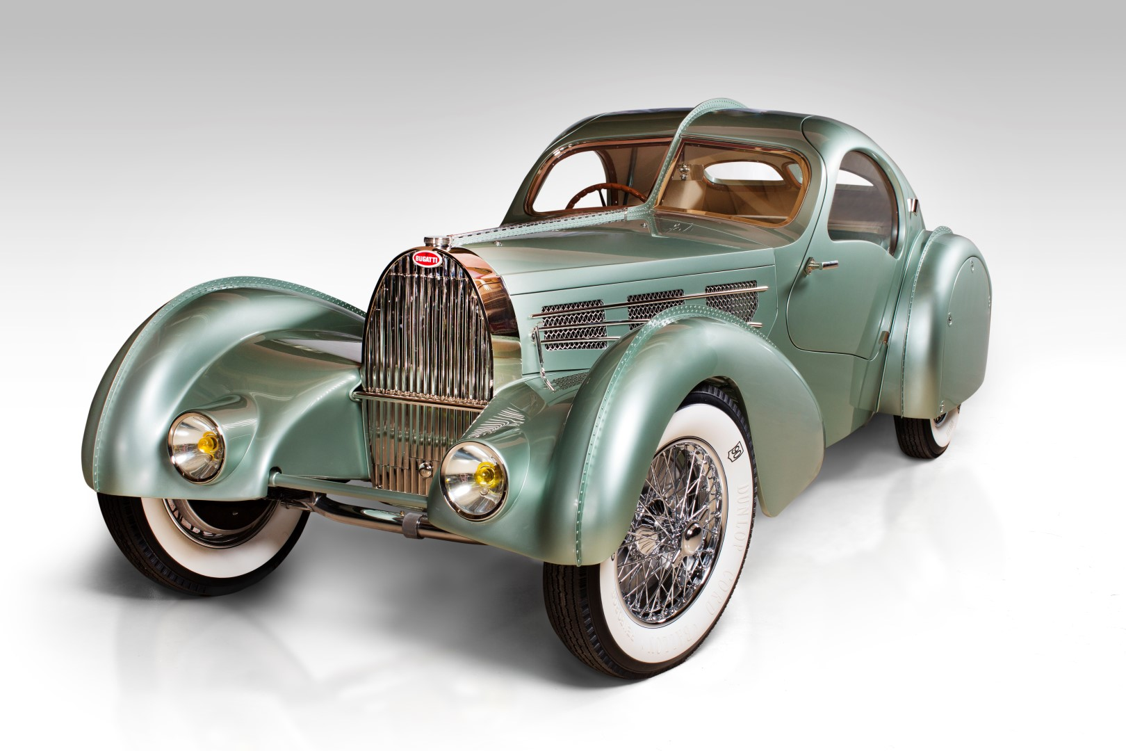 Bugatti_Type_57_Aerolithe_electron_coupe_1935_paris_motor_show_replica_reconstruction_chassis_atlntic_vin_57104_0-100_1