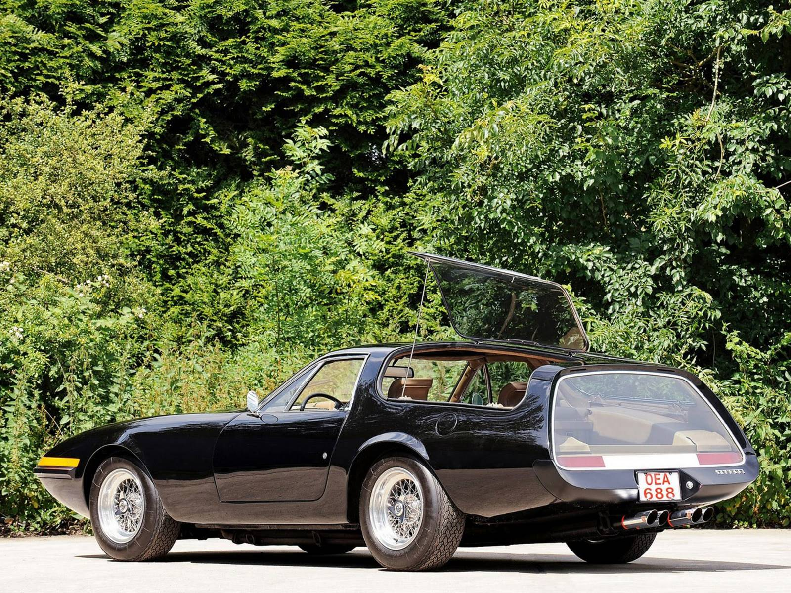 Ferrari_daytona_shooting_brake_panther_0-100_5