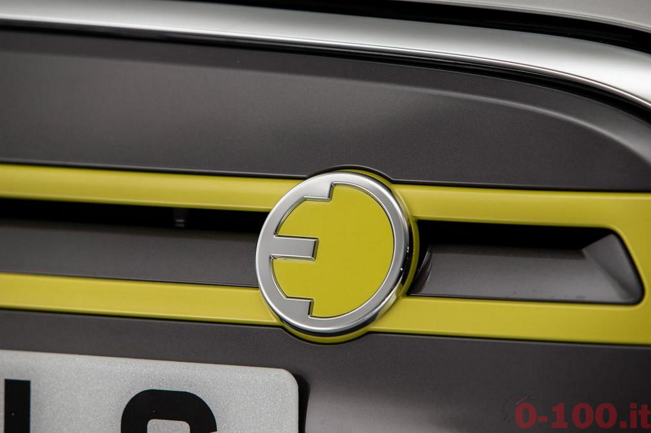 mini_by_BMW_mini_electric_0-100_14