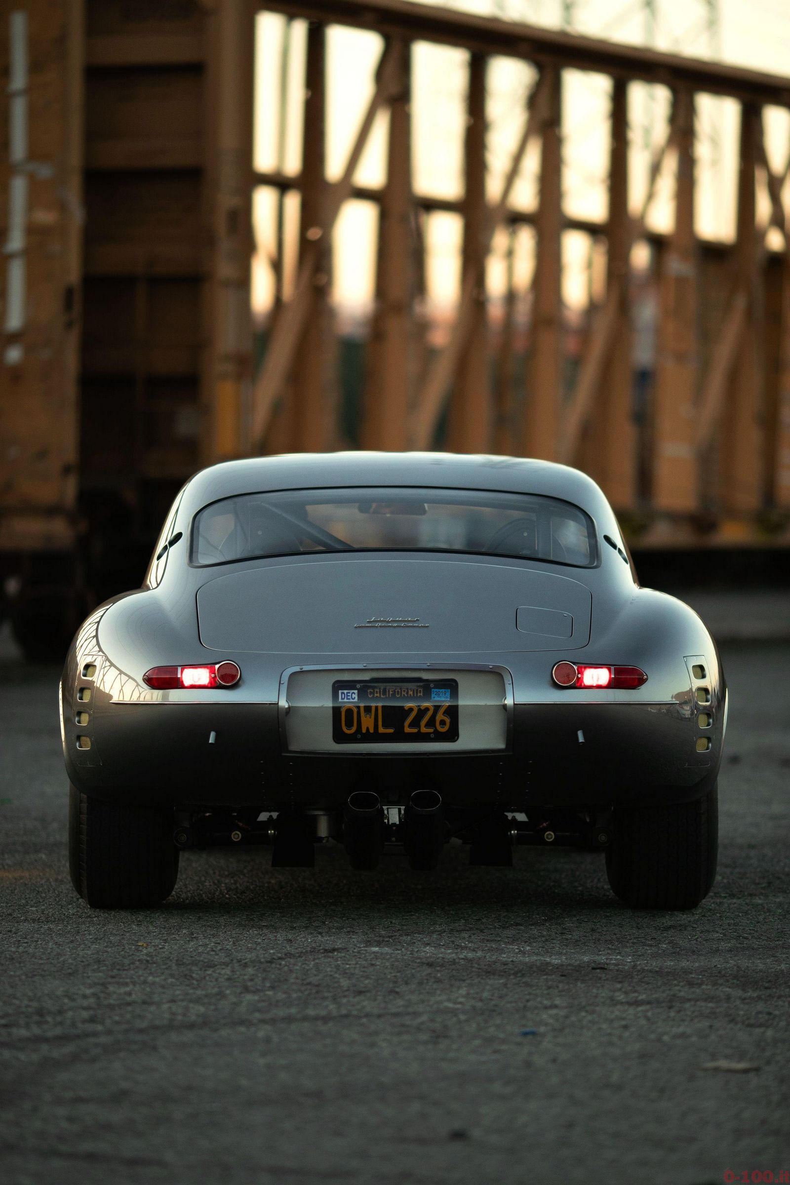 diez_concept_replica_restomod_jaguar_e_type_lightweight_low_drag_coupe_1964_0-100_16