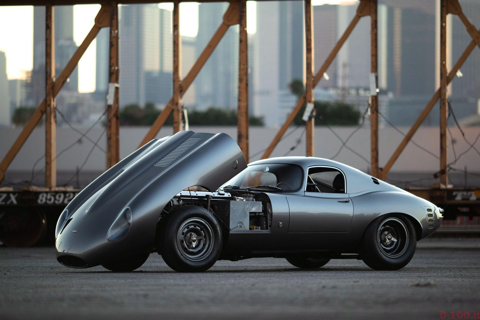 diez_concept_replica_restomod_jaguar_e_type_lightweight_low_drag_coupe_1964_0-100_8